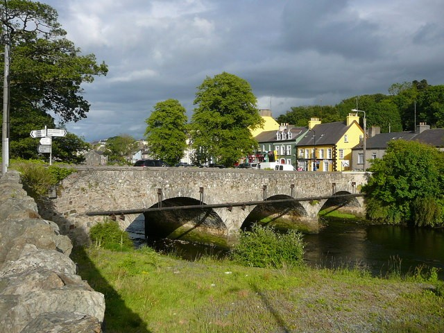 River Bridge at Ramelton, Co. Donegal, Ireland by Colin Park [CC BY-SA 2.0 (http://creativecommons.org/licenses/by-sa/2.0)], via Wikimedia Commons